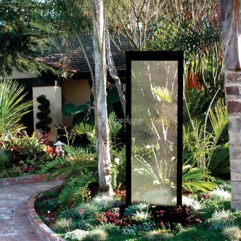 8' Center Mount Black Onyx Gardenfall Fountain With Clear Glass
